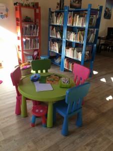 Bibliothèque_Neung-sur-Beuvron_coin jeux des tout-petits